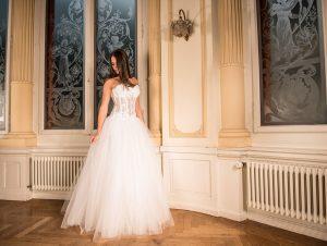 suknie ślubne z gorsetem