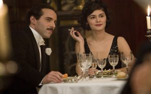 Rząd francuski zakaże papierosów w filmach? Kadr z filmu Coco Chanel (fot. filmweb.pl)