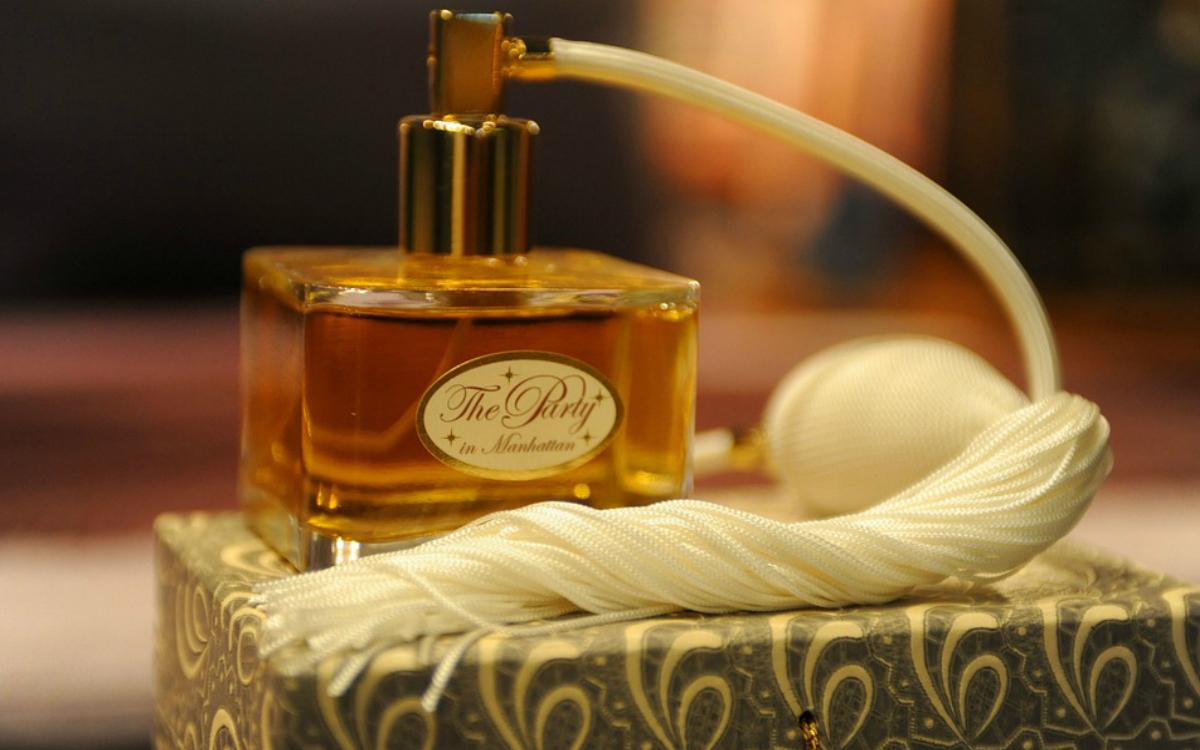 Perfumy męskie: idealny prezent pod choinkę?
