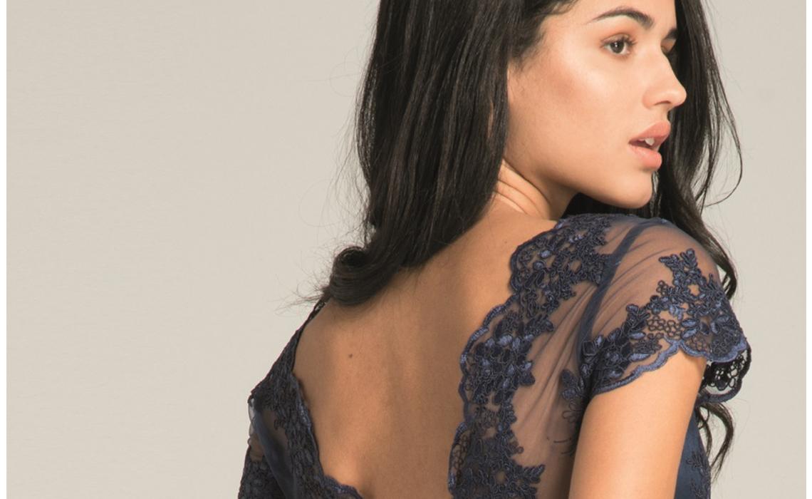 Sukienka tiulowa – zjawiskowa, dziewczęca i supermodna!