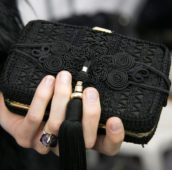 modne torebki na karnawał