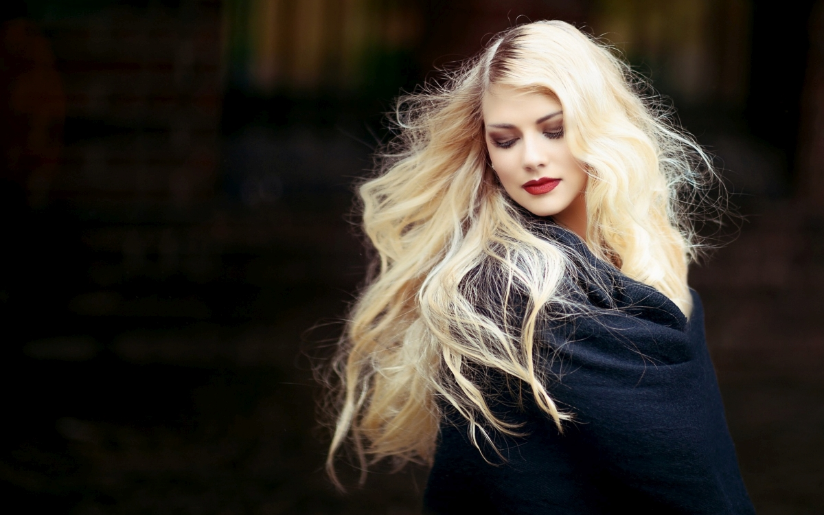 Najmodniejsze fryzury z długich włosów